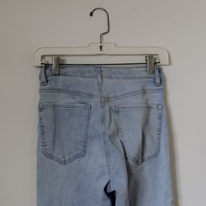 Garage light wash ripped jeans   size 01